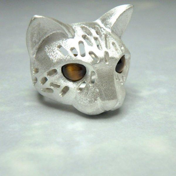 画像1: 透かし猫 リング お目目がタイガーアイ (シルバー) (1)